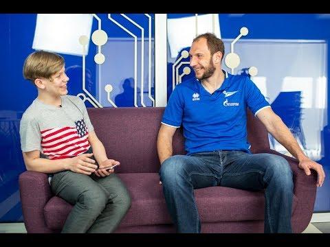 Ащев рассказал, почему футбол в России популярнее волейбола