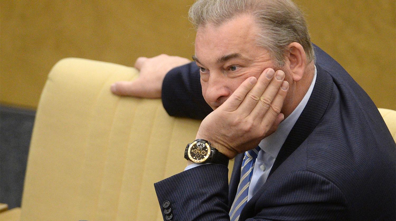 Третьяк о массовом оттоке игроков из России: трудно объяснить